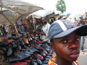 per le strade di Kinshasa